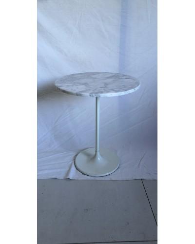 Guéridon table d'appoint bout de canapé pied tulipe et plateau marbre dans le gout de Eero Saarinen