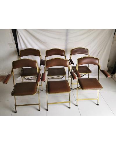 Suite de 6 chaises pliantes opéra skaï marron et laiton avec accoudoirs vintage